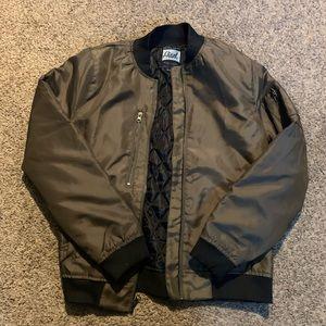 Olive green BOMBER jacket 🔥
